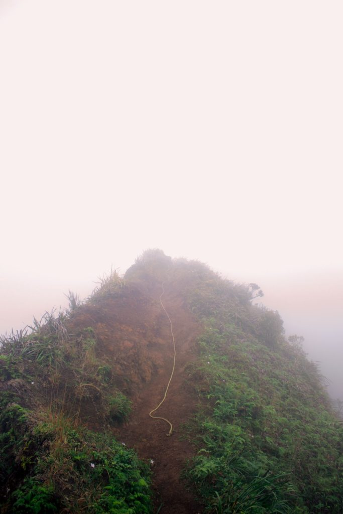 rope-on-moanalua-ridge